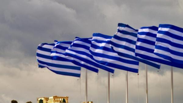 Fitch: экономика Греции восстанавливается, политические риски снизились