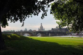 Археологи-любители из Германии уверены: Янтарная комната находится в Дрездене