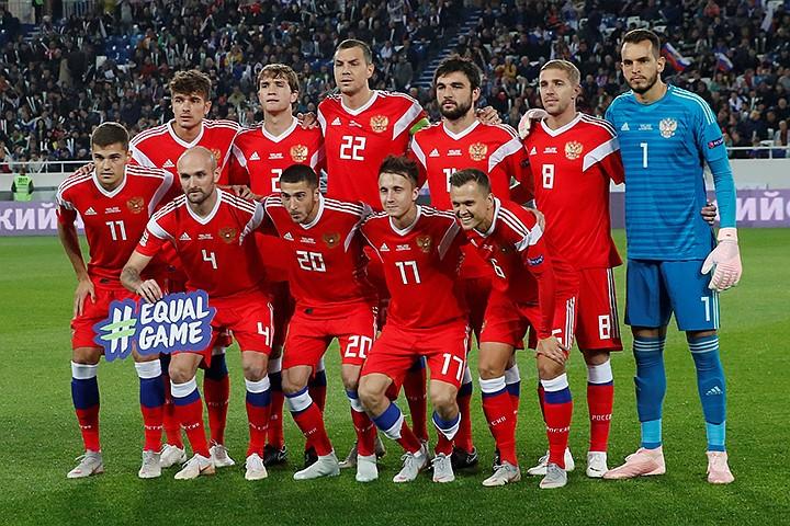 Две вселенные российского футбола