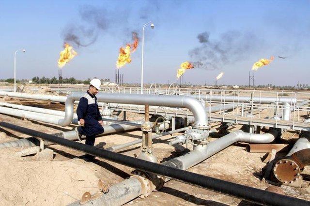 """Нефть растет на фоне завершения """"торговой войны"""""""