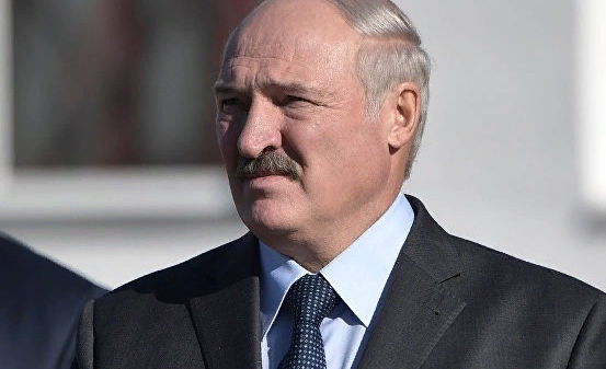 Лукашенко вызвался взять под контроль российско-украинскую границу