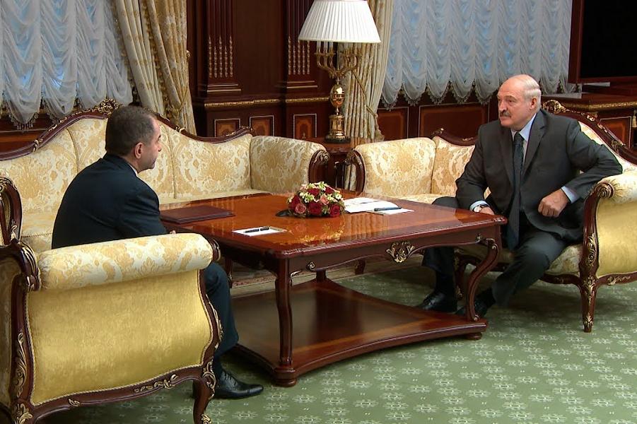 Транзит. Беларусь не пойдет в состав России. И Конституция РФ меняться не будет