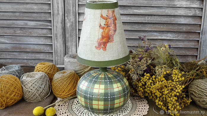 Переделка старой настольной лампы. Мастер-класс:  рисуем шотландскую клетку