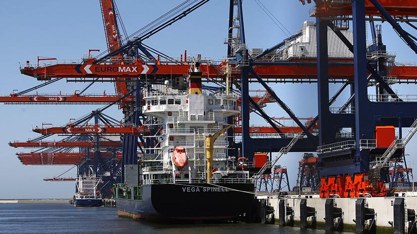«Прощупывание» реакции: в США предложили запретить российским кораблям заходить в порты Европы