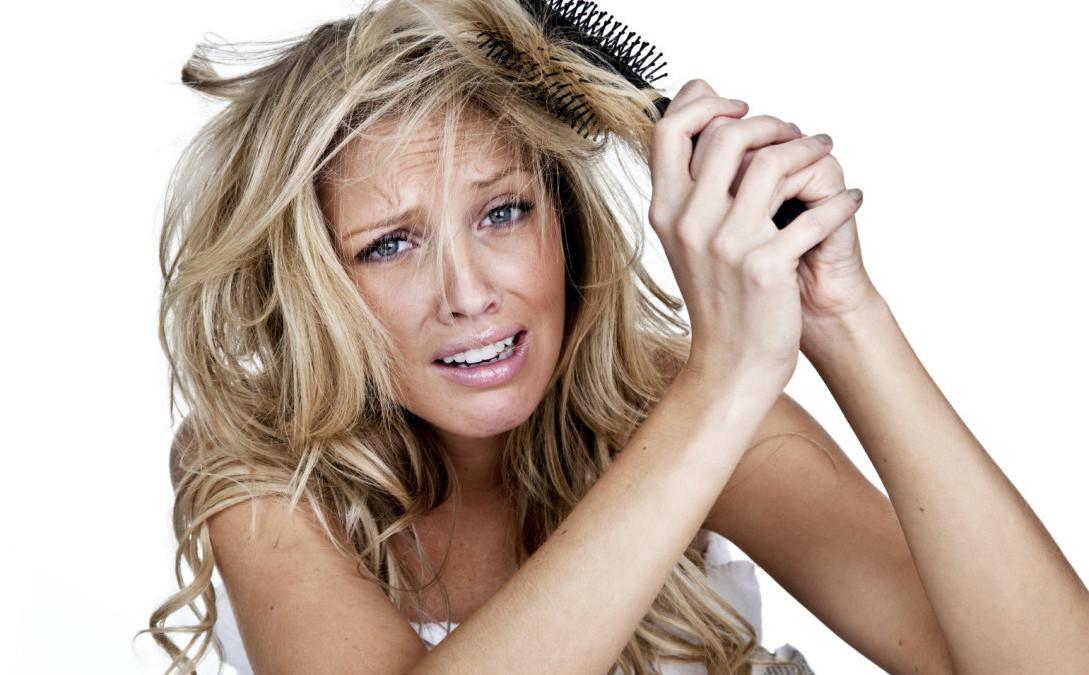 Какие опасности таит шампунь для волос