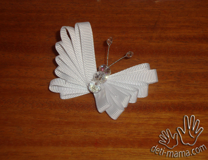 Бабочка из лент МК