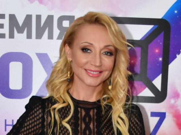 Кристина Орбакайте спросила у поклонников, что означает «F»