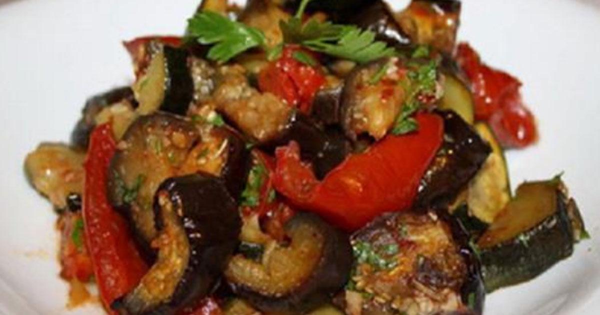 Невероятно вкусные запеченные овощи в маринаде. Пальчики оближешь!