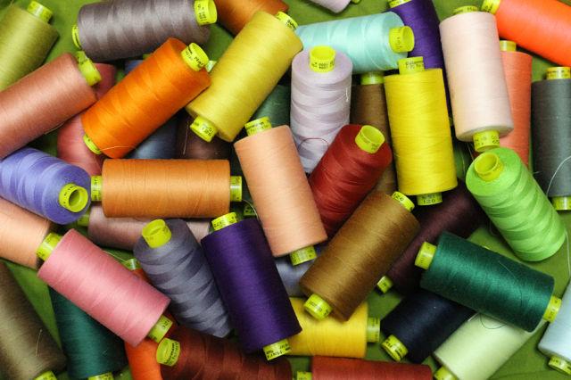 Вышивальная студия: Как хранить нитки для машинной вышивки