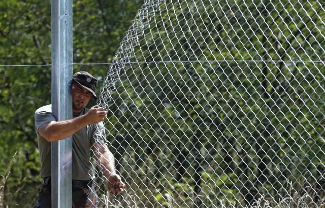 Литва не хочет судьбы Крыма и поэтому строит забор