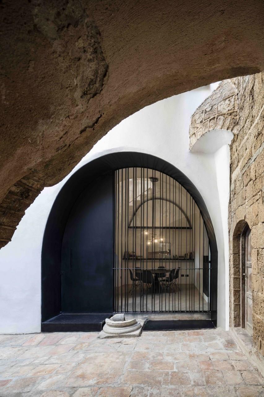 Необычная пещера в Тель-Авиве