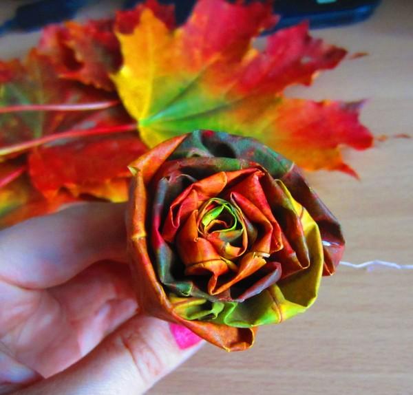 Цветы из листьев клена своими руками 20