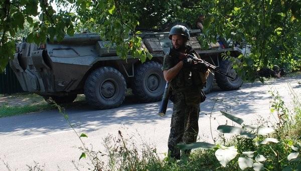 Ополченцы заявили о блокировании третьей группы украинских силовиков