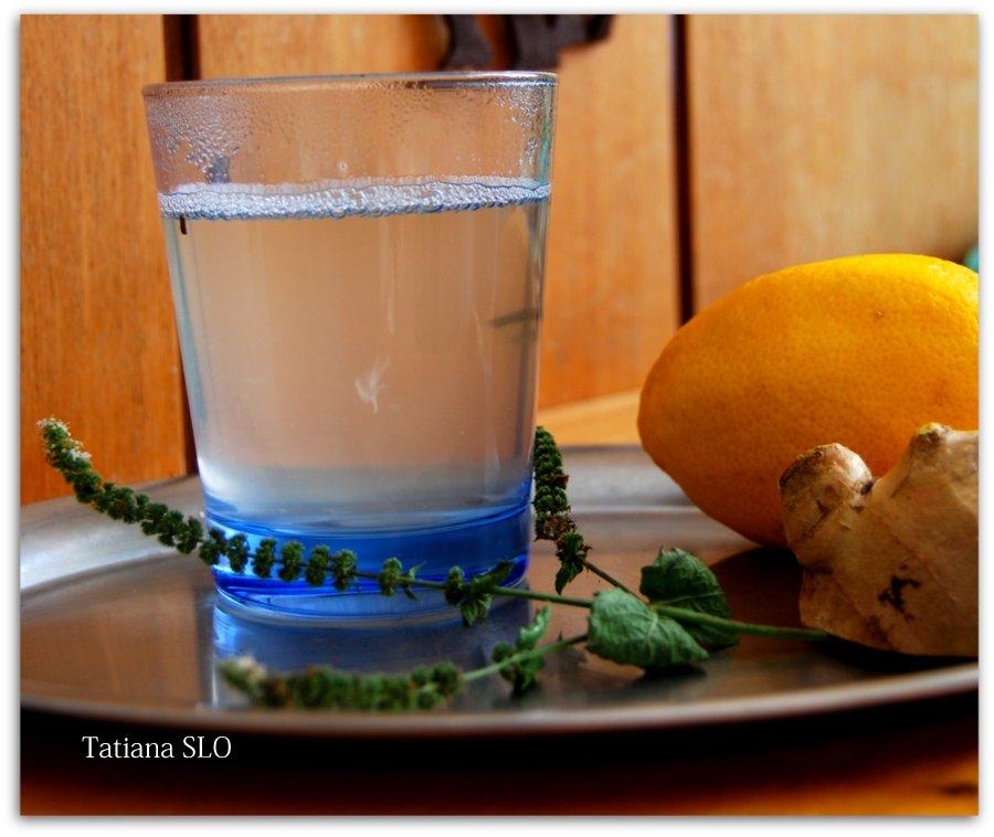 Имбирный чай. Здоровье, красота и бодрость вам обеспечены! Рецепт от моей мамы. Фото мои)
