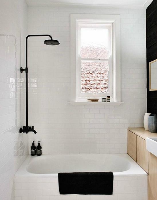Мини-ванна для небольшого санузла.