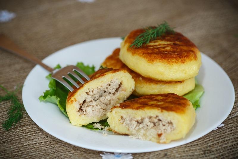 Лишь 500 г фарша, картошка и мука… Любимое блюдо польских королей и простых хозяек.