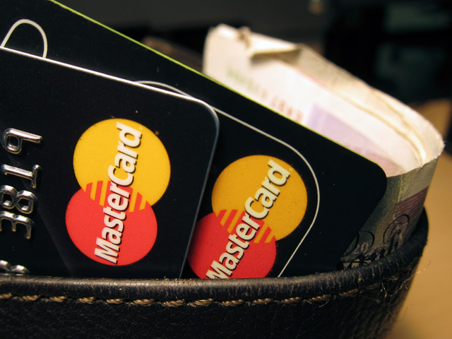 Первые 5 банков провели транзакции по MasterCard через НСПК