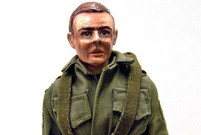 Игрушечный солдатик.