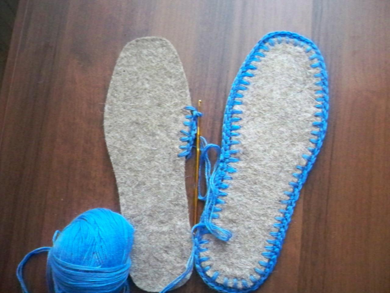 Вязаные тапочки шлепанцы на войлочной подошве