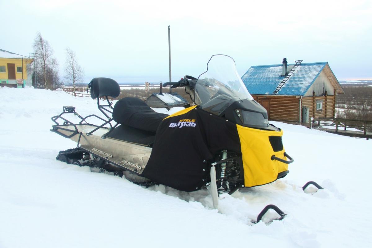 Первый «Витязь»: новый российский снегоход представили в камуфляже