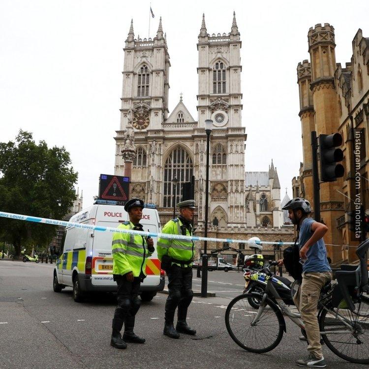 Британские следователи не считают терактом наезд на людей в Лондоне