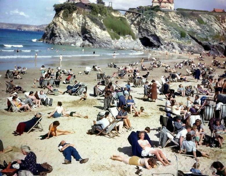 На пляжном снимке 1943 года …