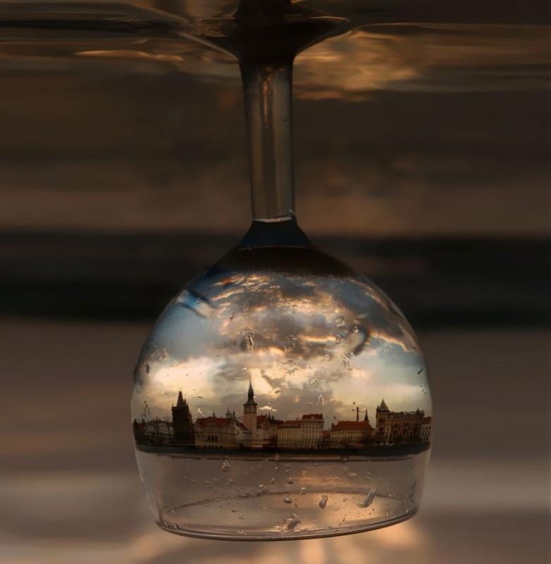 Reflections03 782x800 24 удивительных отражения