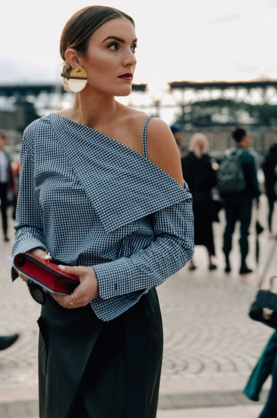 5 изысканных блузок для женщин 40 лет