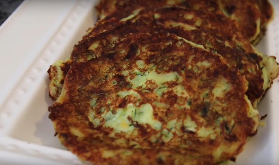 Кабачковые оладьи с творогом и сыром, невероятная вкуснота. Таких вкусных оладиков вы еще не пробовали