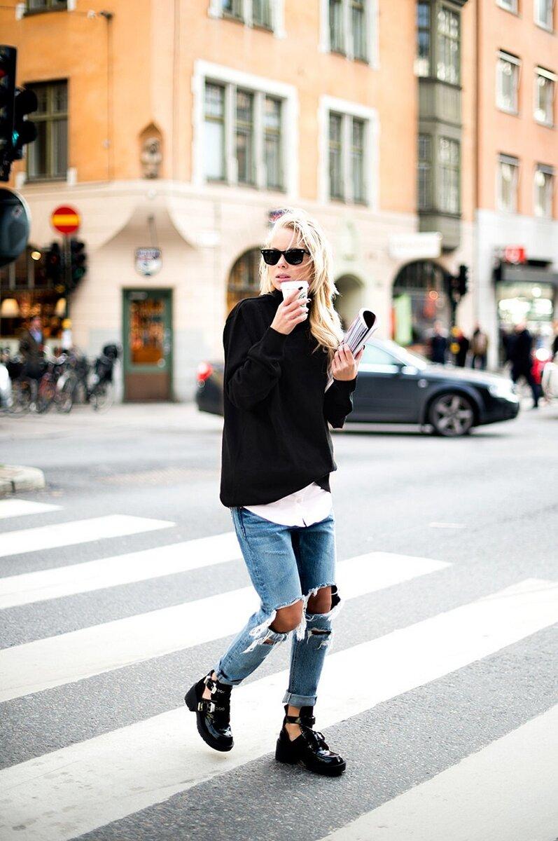 Почему джинсы с подворотами нельзя носить с грубыми ботинками? /Фото: static.locals.md