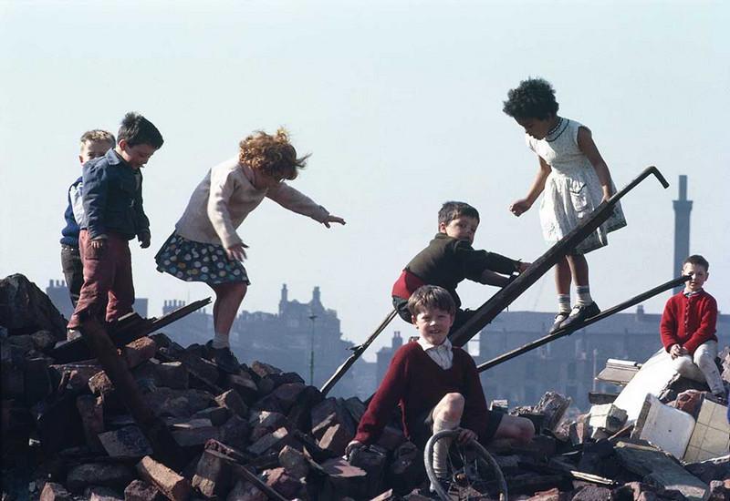 Обаяние трущоб Манчестера в фотографиях Ширли Бейкер 1960-х годов 21