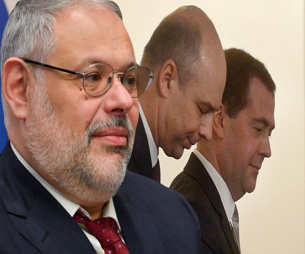 Михаил Хазин: в России должен произойти слом. Либо либералы усилят позиции в правительстве, либо уйдут