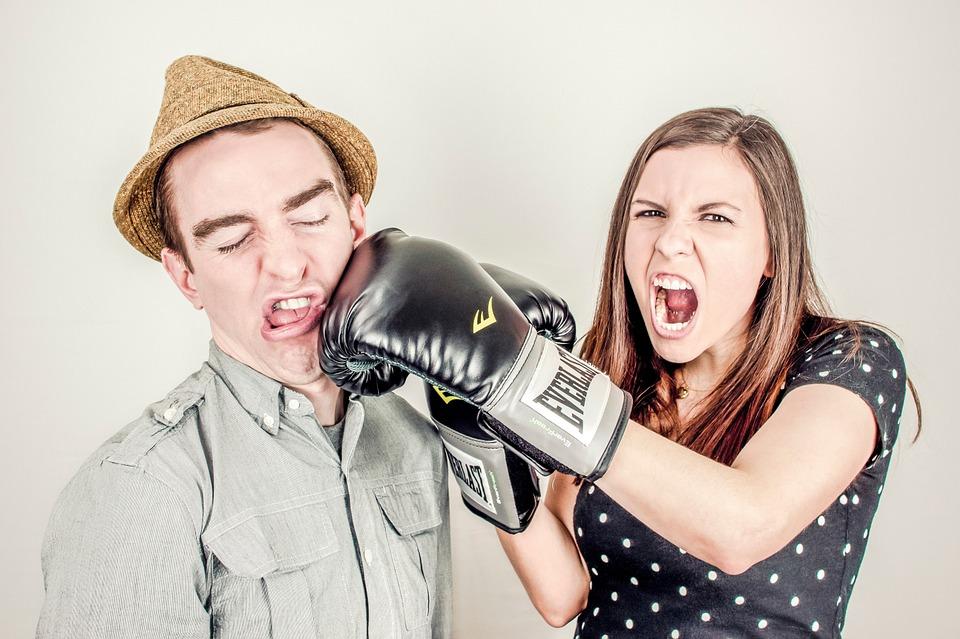 10 женских ошибок в отношени…