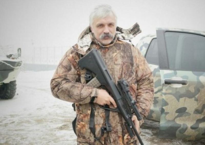 Корчинский пригрозил убить Усика из автомата Калашникова