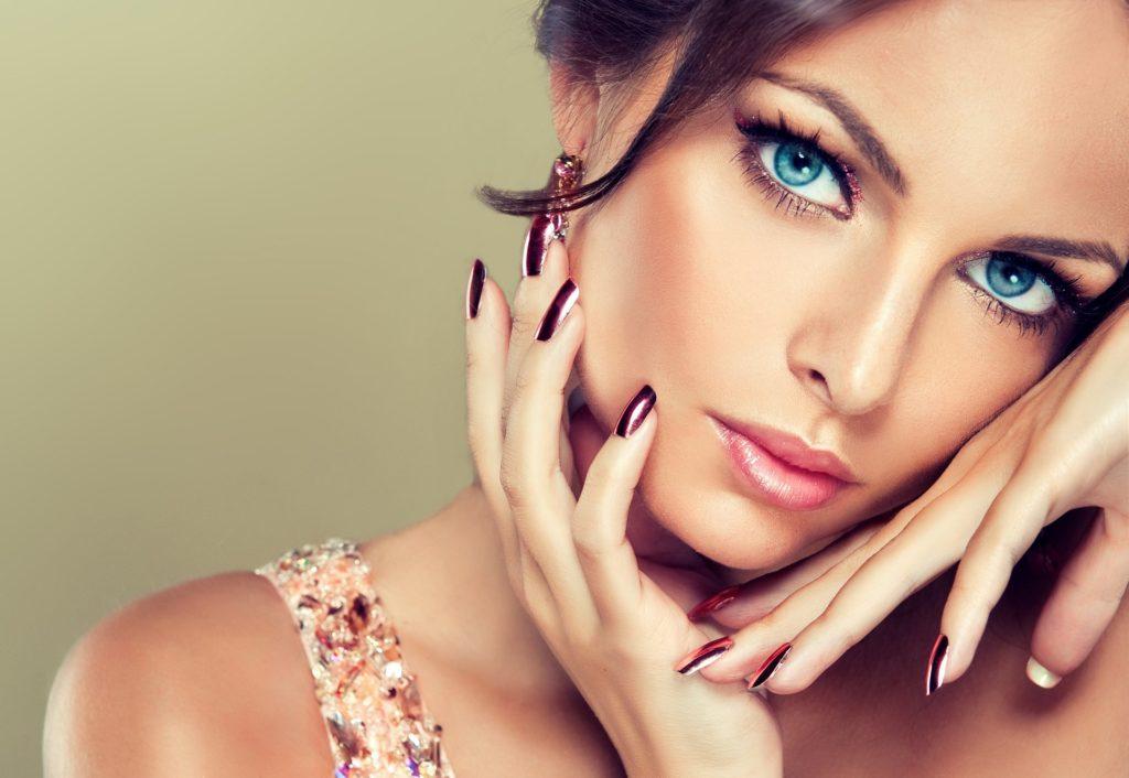 Как красиво сделать макияж