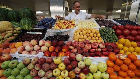 московские рынки радуют покупателей национальными деликатесами, рассказала Die Welt