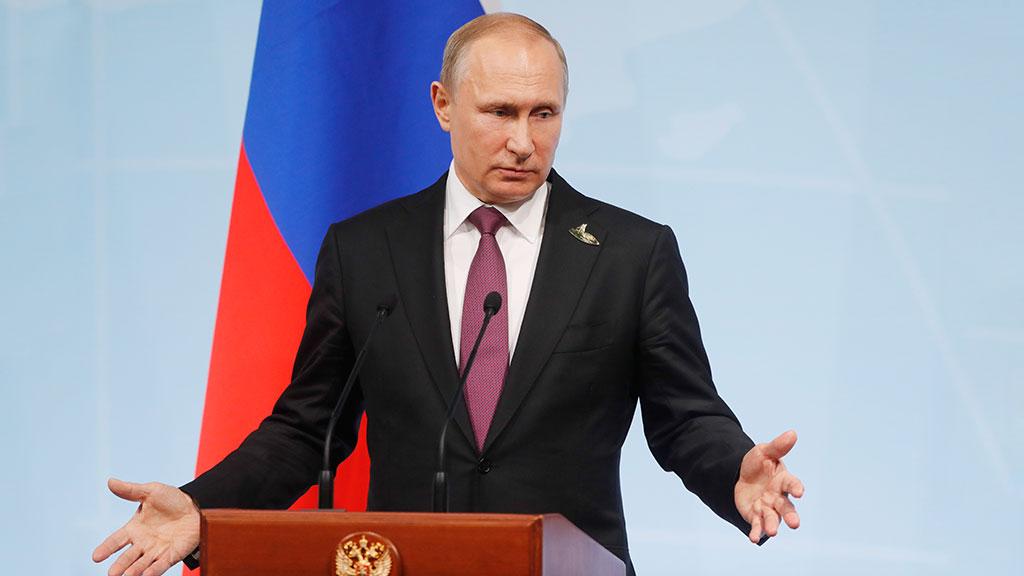 Американские журналисты пожаловались Путину на Белый дом