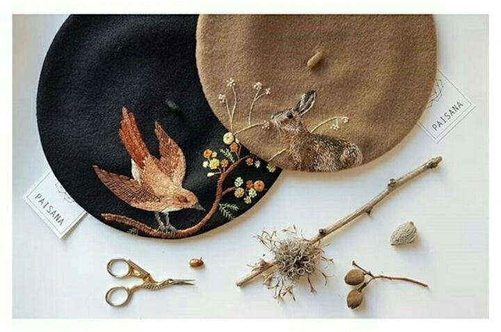 Осенние береты с вышивкой