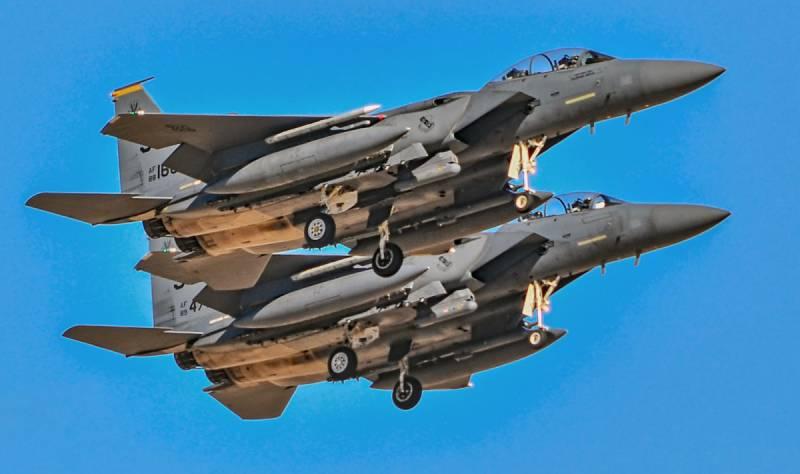Старый F-15 победит новейший Су-57?
