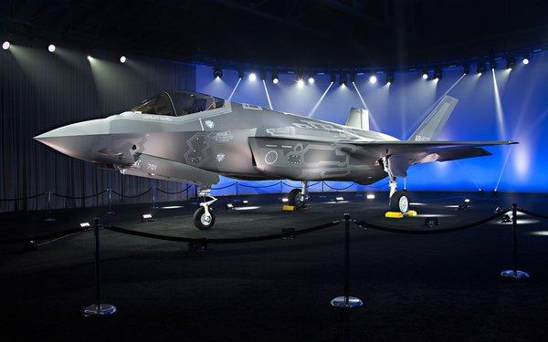 «Мы не смогли даже этого»: Реакция американцев на то, что новый истребитель США скопирован с советского