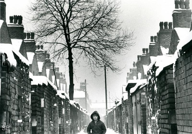 Обаяние трущоб Манчестера в фотографиях Ширли Бейкер 1960-х годов 24