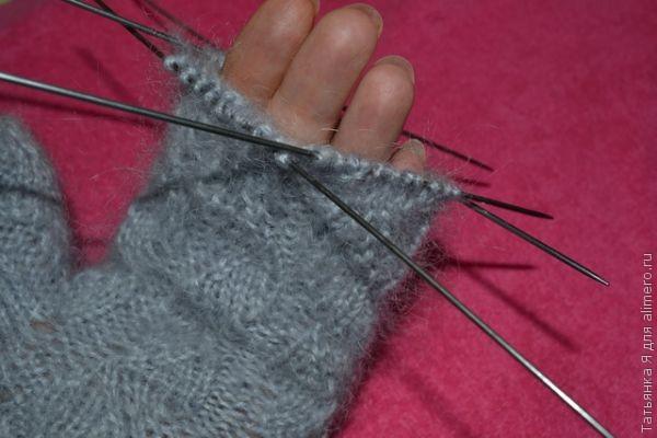 Как закрыть петли при вязании варежек