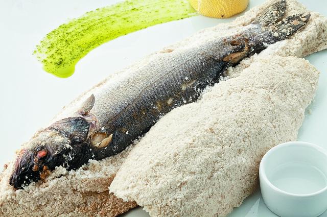 Сибас в соли рецепт
