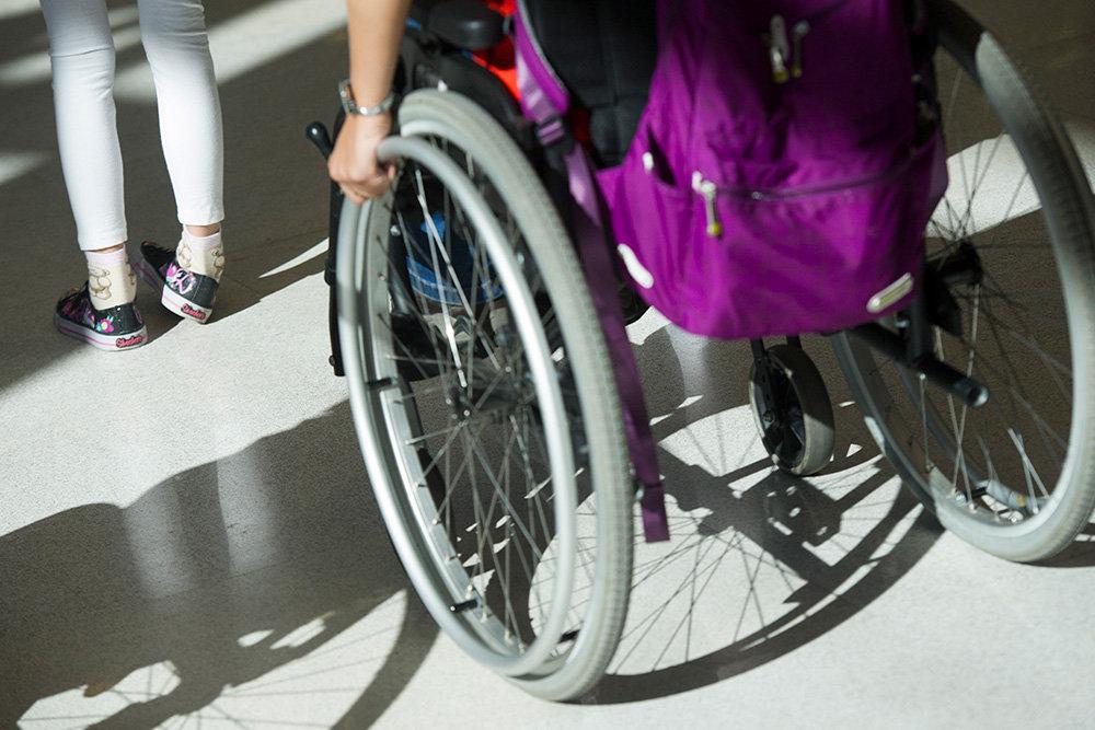 ВС объяснил, почему нельзя брать долги с выплат по инвалидности