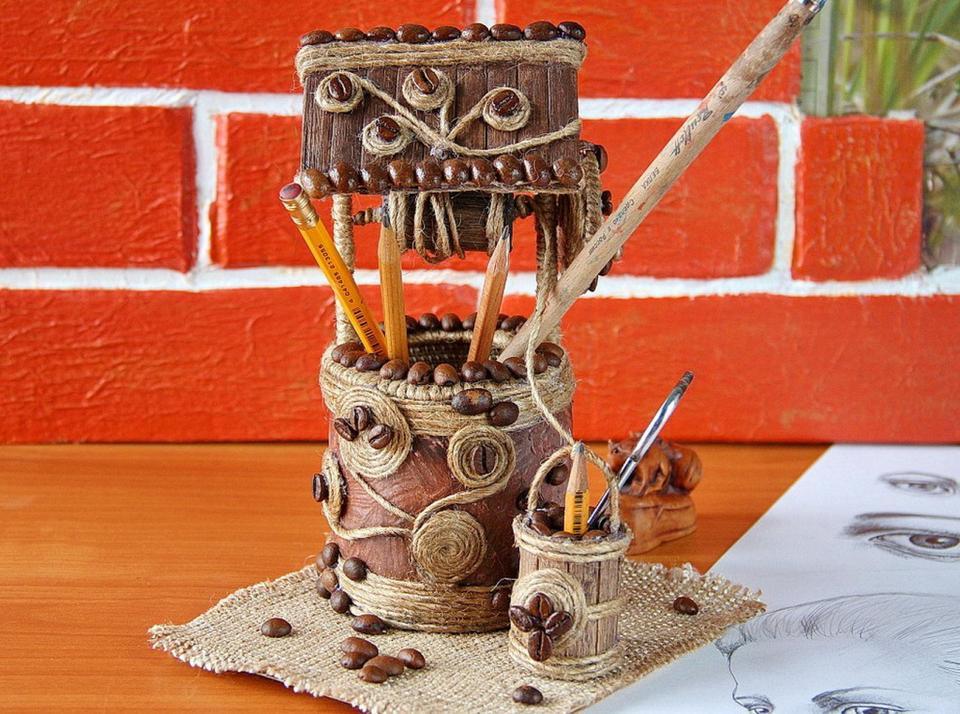 Декоративная кофейная фигурка «Колодец». Небольшая подставка для канцелярии