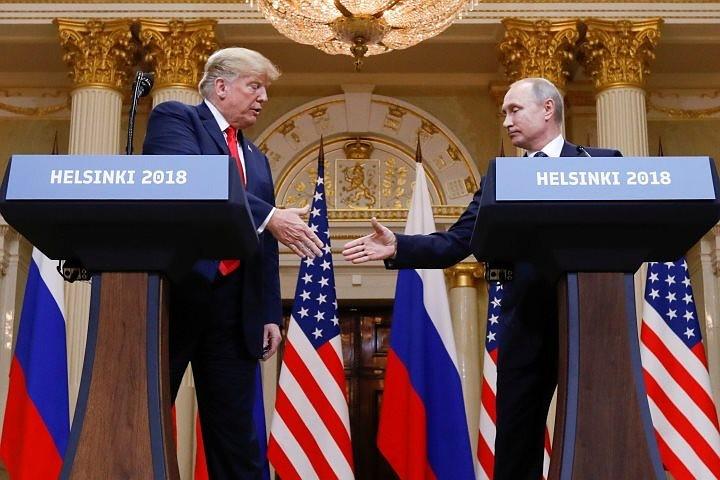 Трамп обвинил СМИ в принижении значения его «великолепной встречи с Путиным»