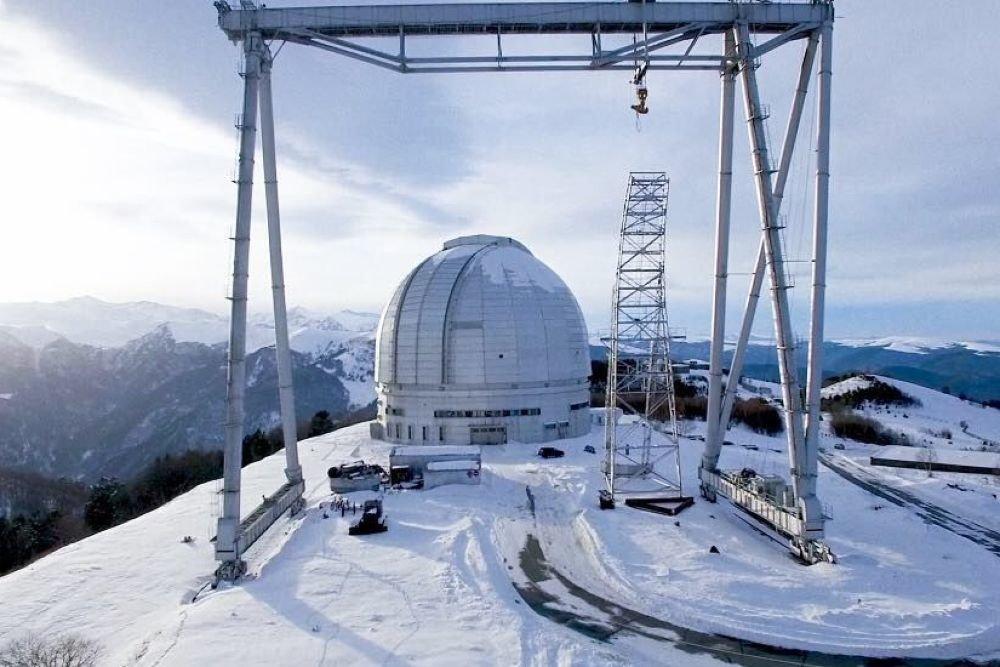 В Карачаево-Черкесию доставили зеркало для самого большого телескопа в Европе