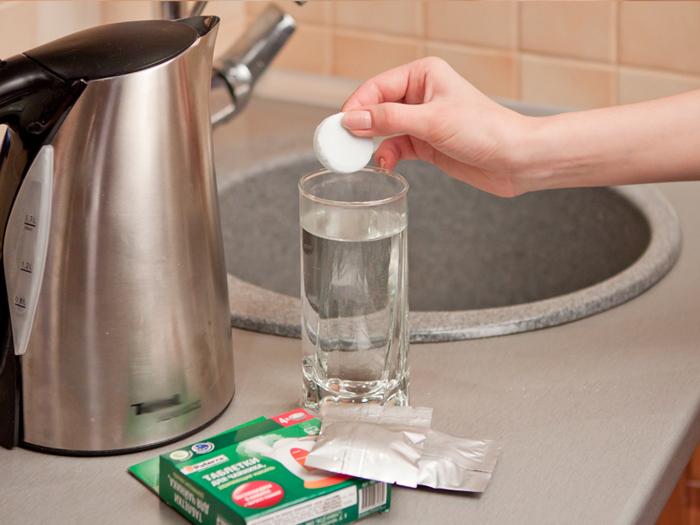 Чем очистить электрический чайник в домашних условиях