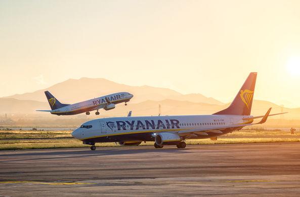 Опоздавший пассажир погнался за самолетом
