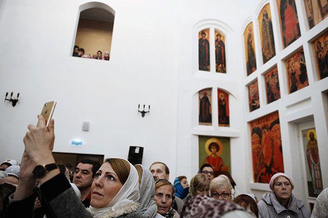 разрешена ли сьемка в храме санкт петербург: переуступка